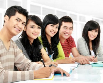 Manor English - Group classes - learning English in a group
